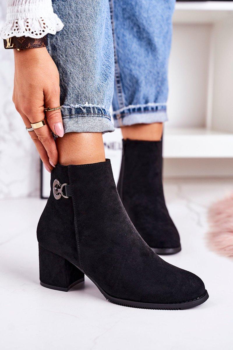 Dámske čierne zateplené topánky s ozdobou - 40