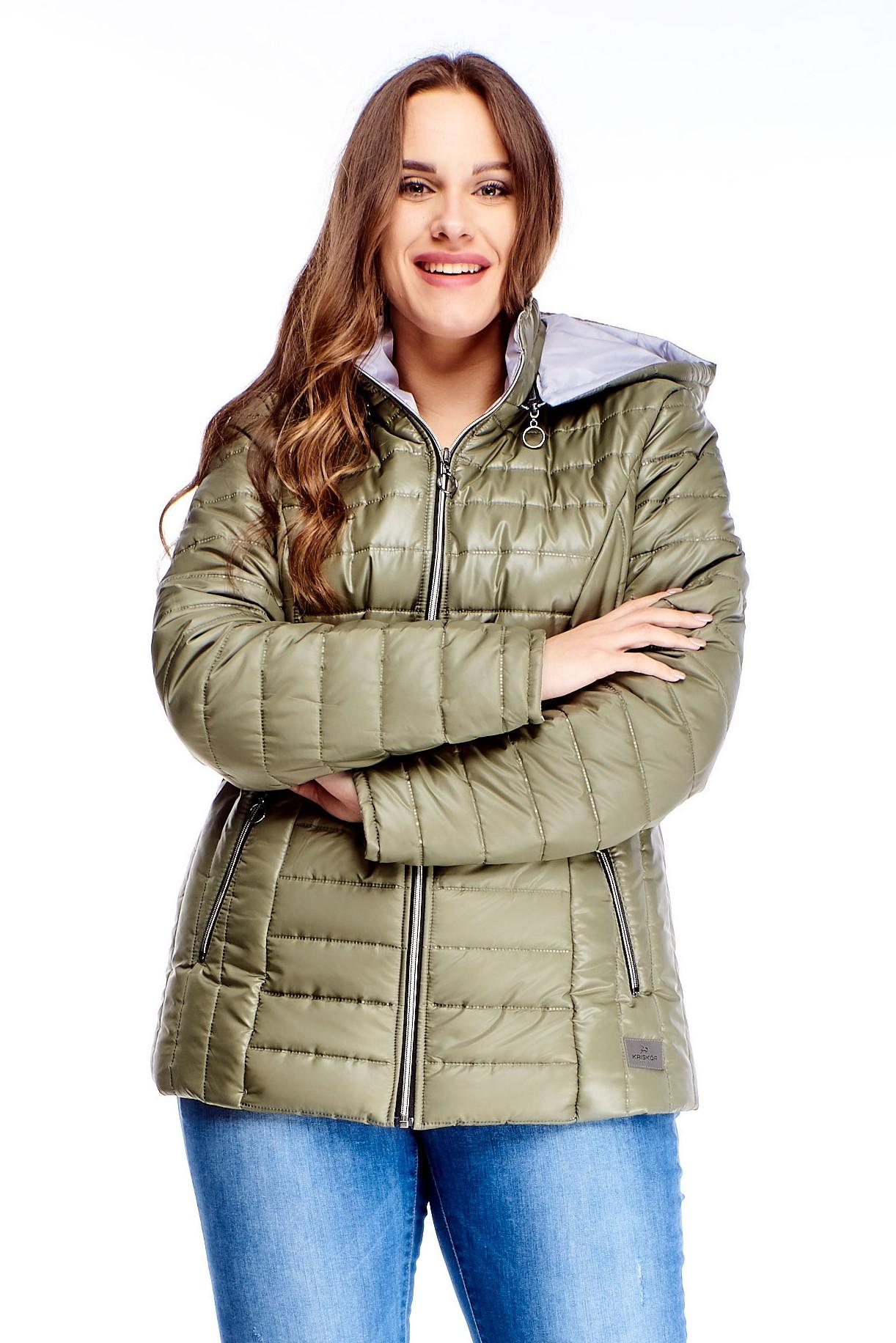 Krátka dámska zimná bunda v zelenej farbe na zips