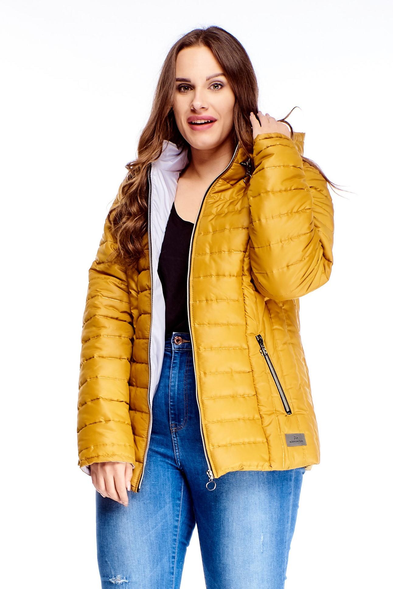 Krátka dámska zimná bunda v žltej farbe na zips - 40