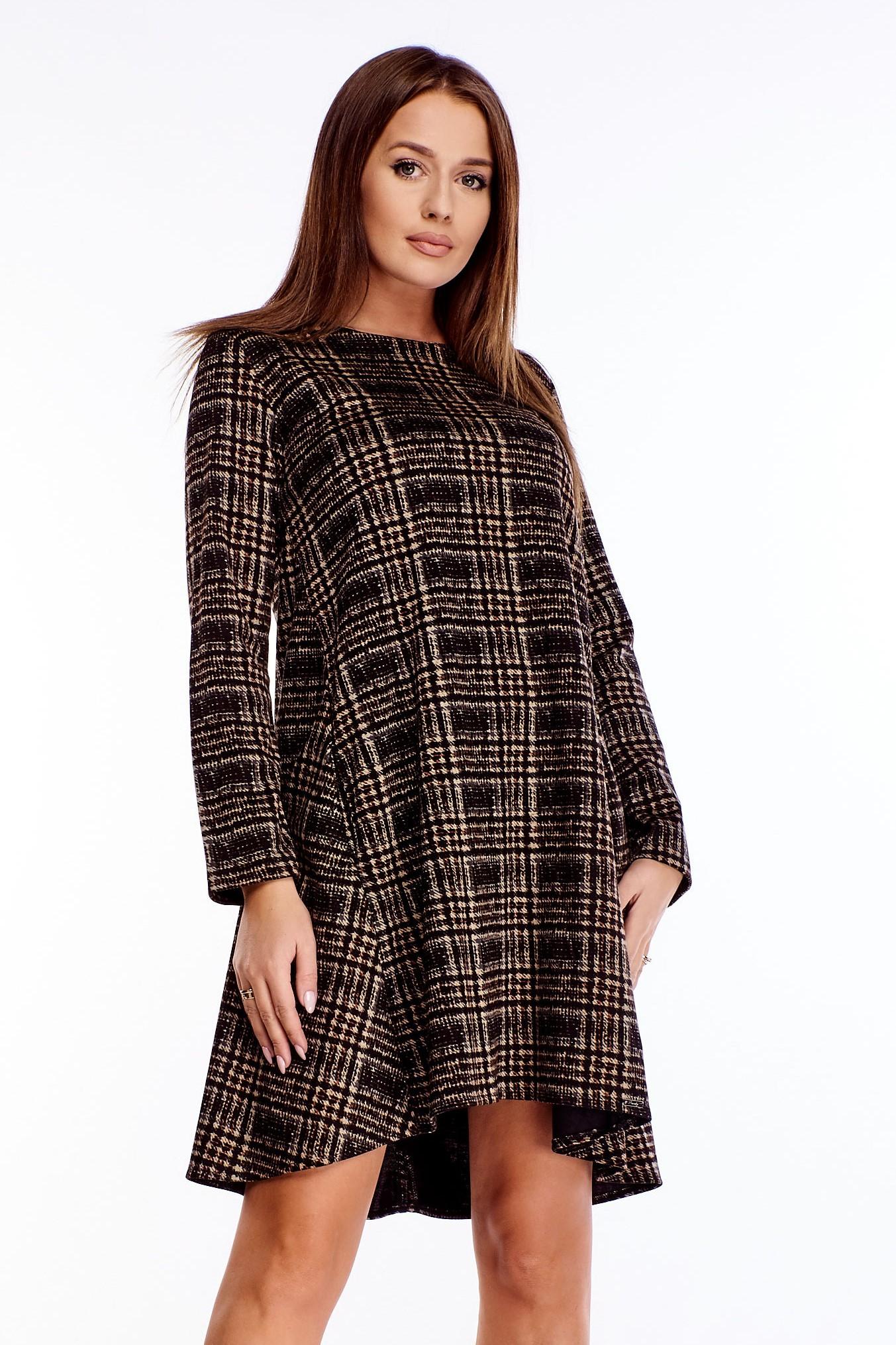 Krátke bavlnené oversize šaty s károvaným vzorom - 2