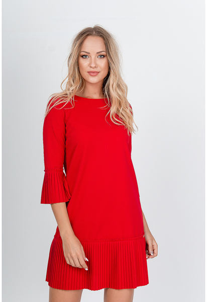 Krátke červené šaty zdobené volánmi - S