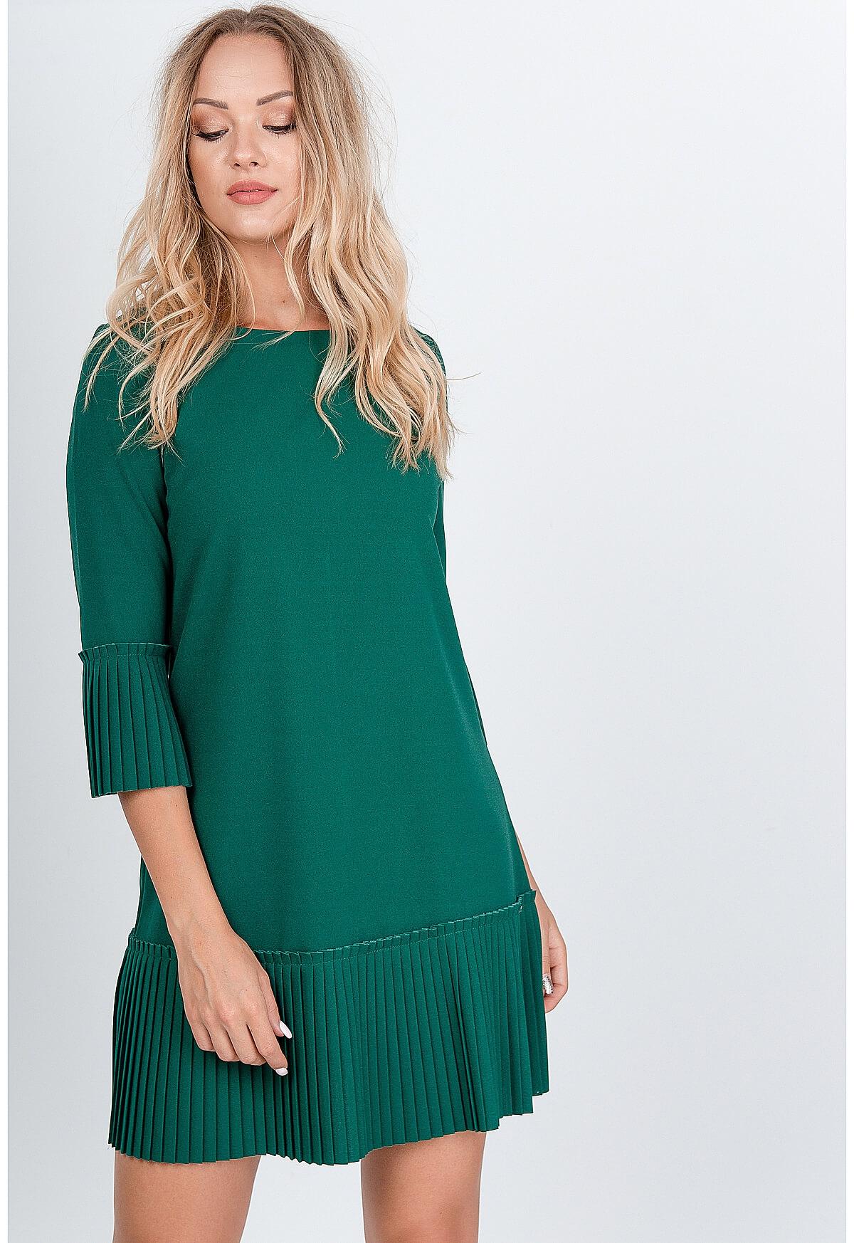 Krátke zelené šaty zdobené volánmi - L