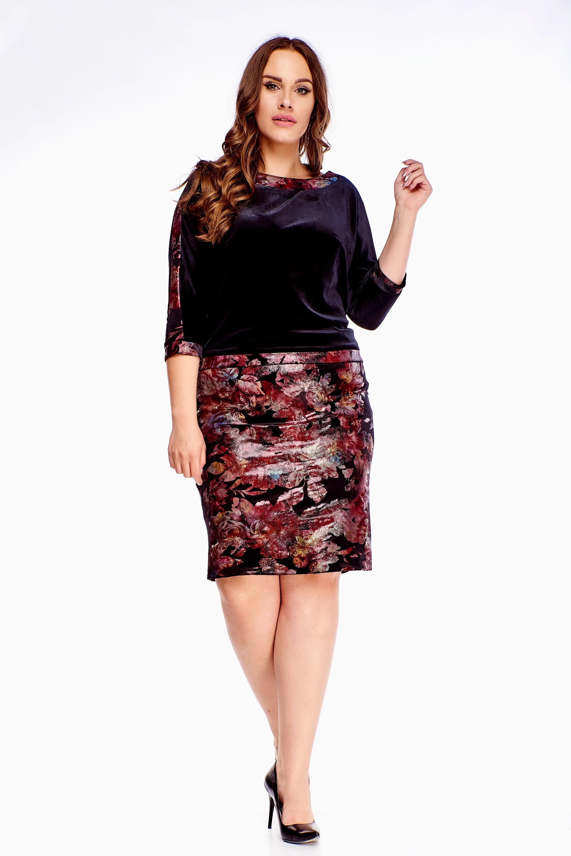 Čierne puzdrové šaty s kvetinovým vzorom - 40