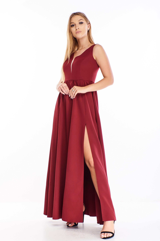 Jednoduché plesové šaty v gaštanovej farbe - 42