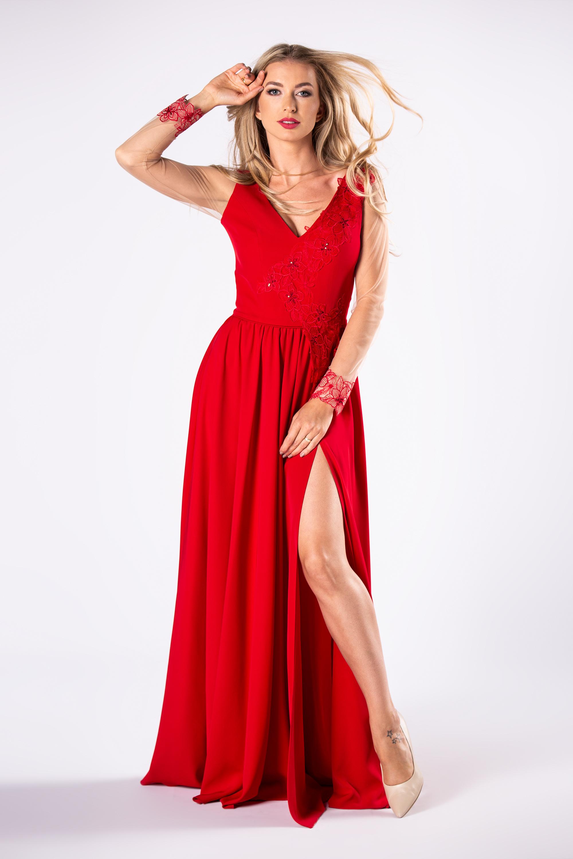 Dlhé červené spoločenské šaty - XS