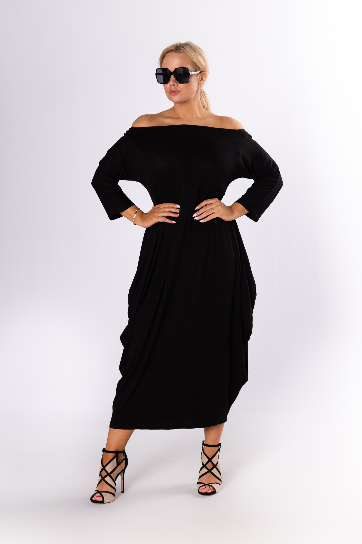Nadrozmerné čierne maxi šaty - UNI