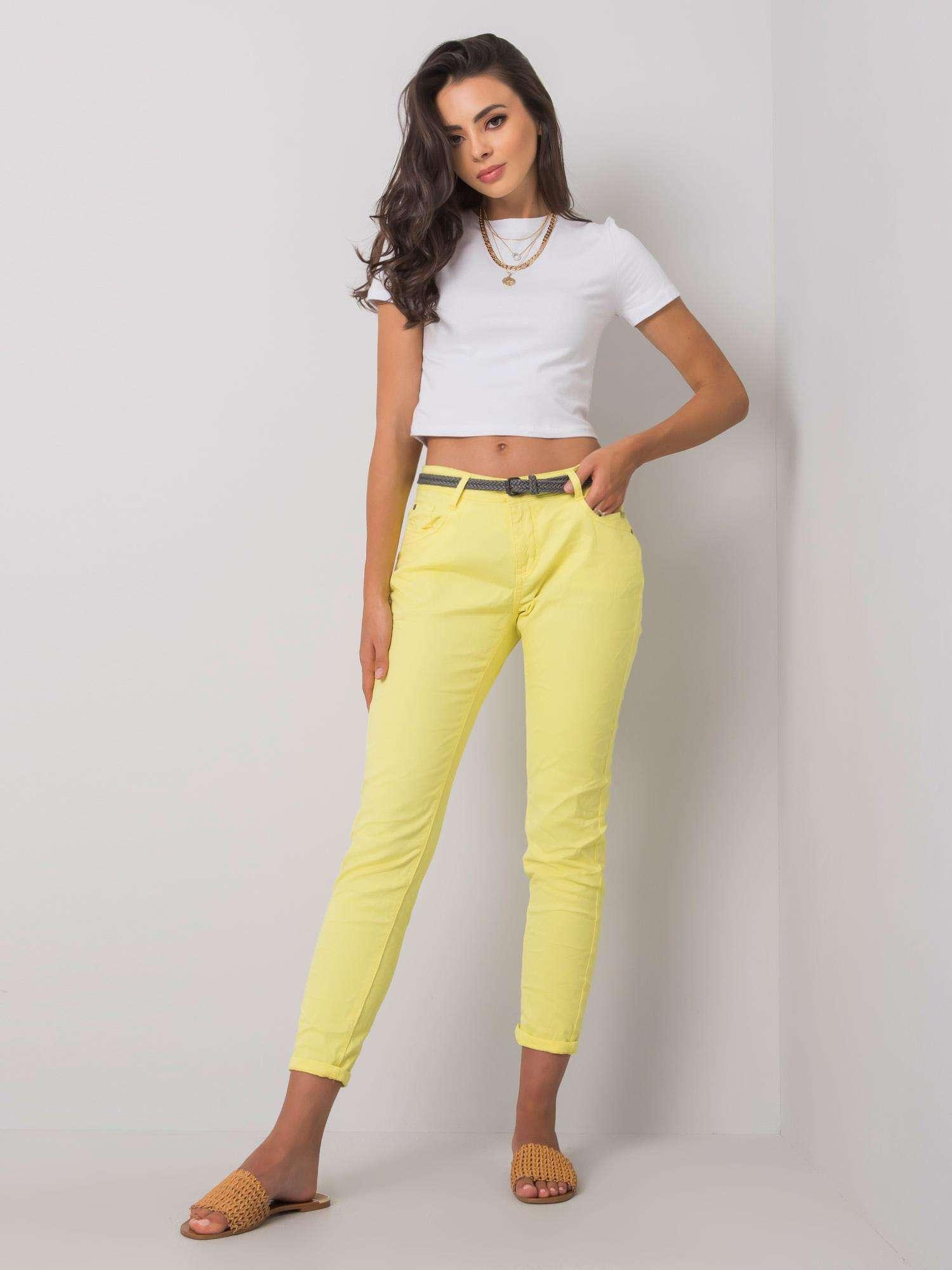 Bavlnené žlté 7/8 nohavice s opaskom - L