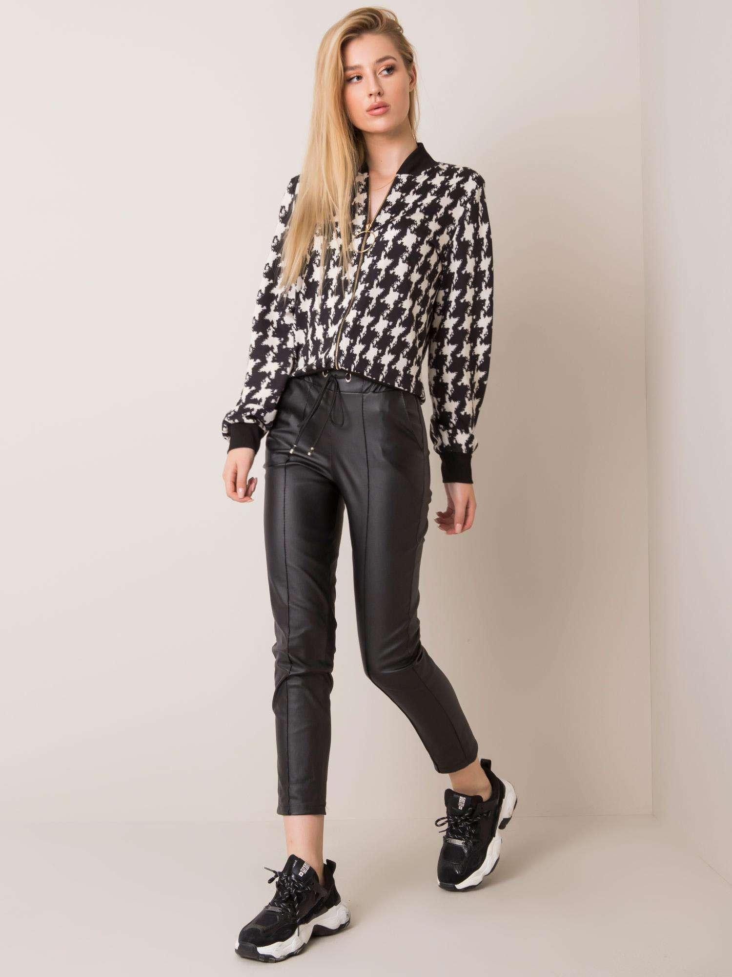 Čierne voskované nohavice - XL