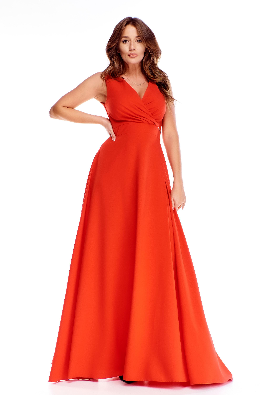 Dlhé plesové šaty v červenej farbe - 44