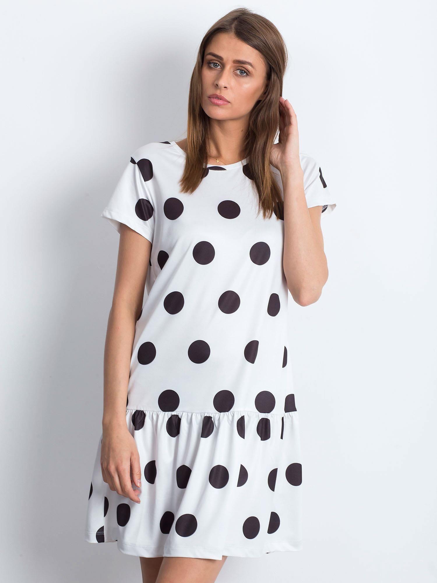 Letné čierno-biele bodkované šaty - M