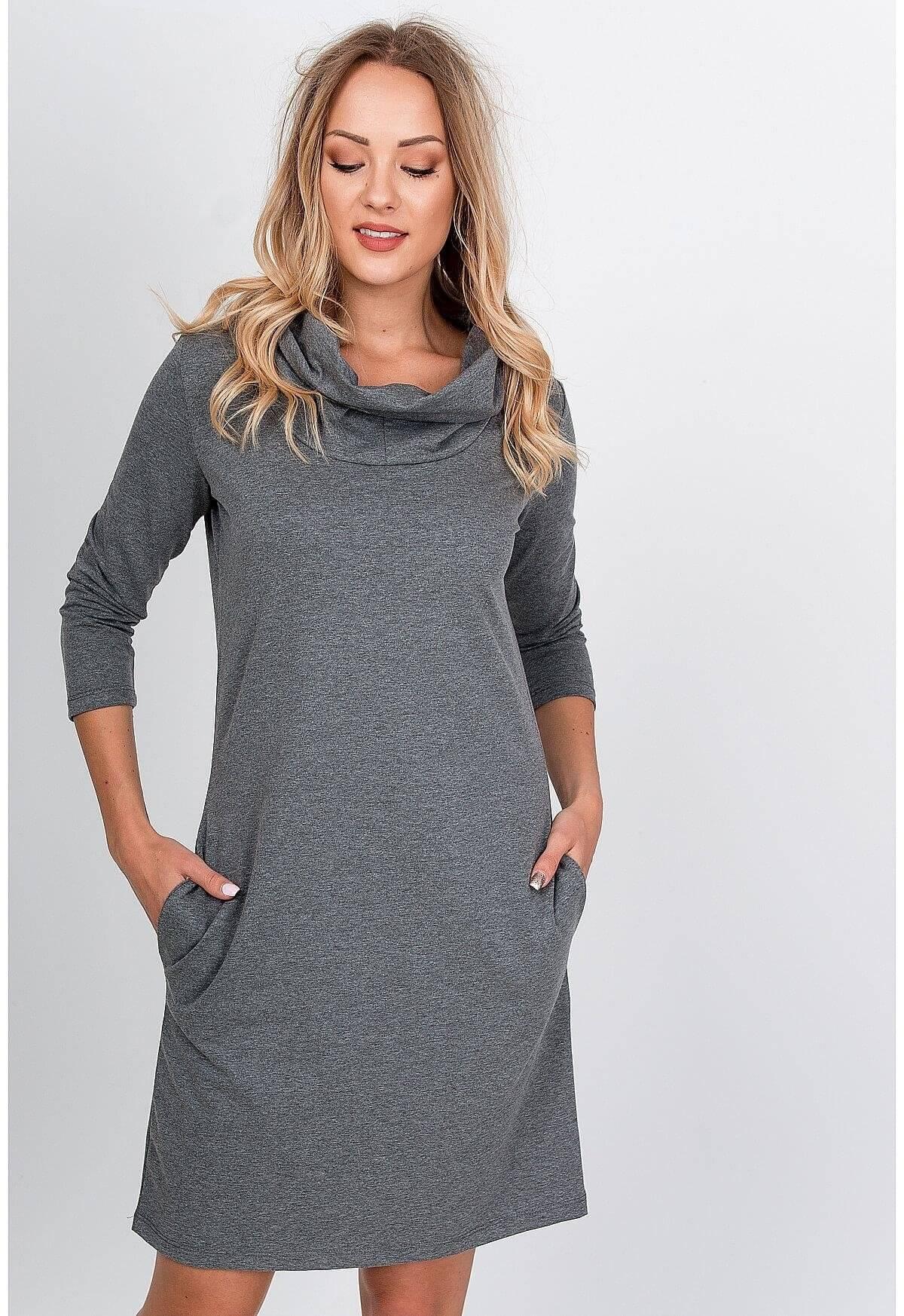 Pohodlné šedé mikinové šaty s kapucňou