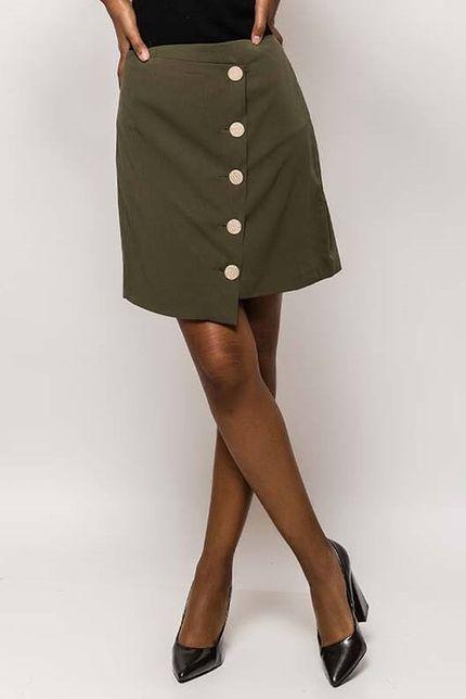 Dámska krátka kaki sukňa s gombíkmi