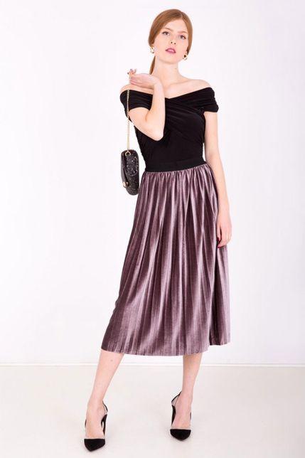 Fialová stredne dlhá plisovaná sukňa