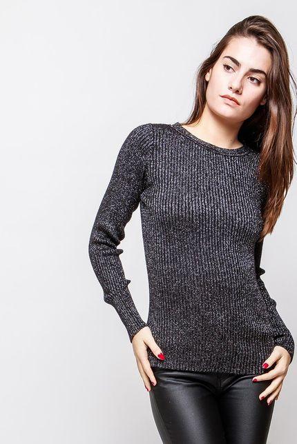 Klasický dámsky čierny sveter