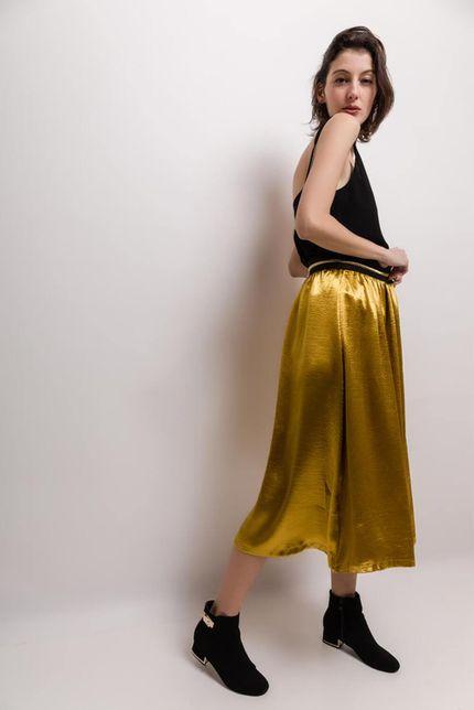 Štýlová dlhá zlatá sukňa