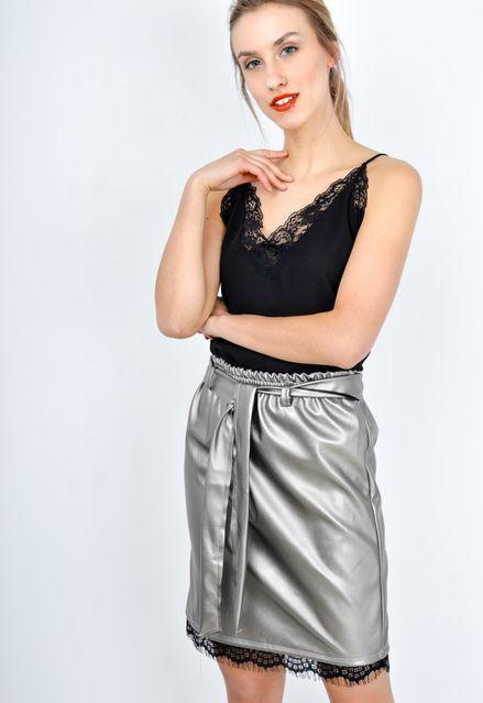 Strieborná midi ceruzková sukňa