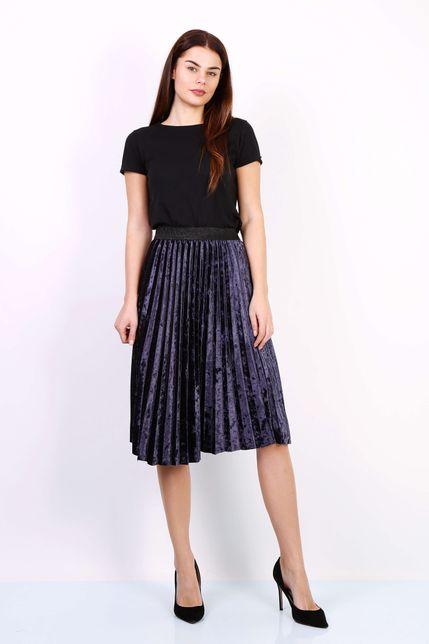 Tmavomodrá plisovaná stredne dlhá sukňa