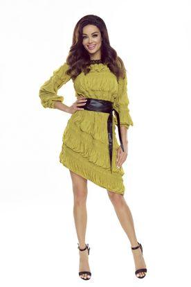 Zelené šaty s volánmi a opaskom z ekologickej kože