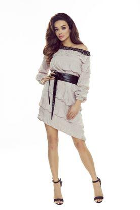 Béžové šaty s volánmi a opaskom z ekologickej kože