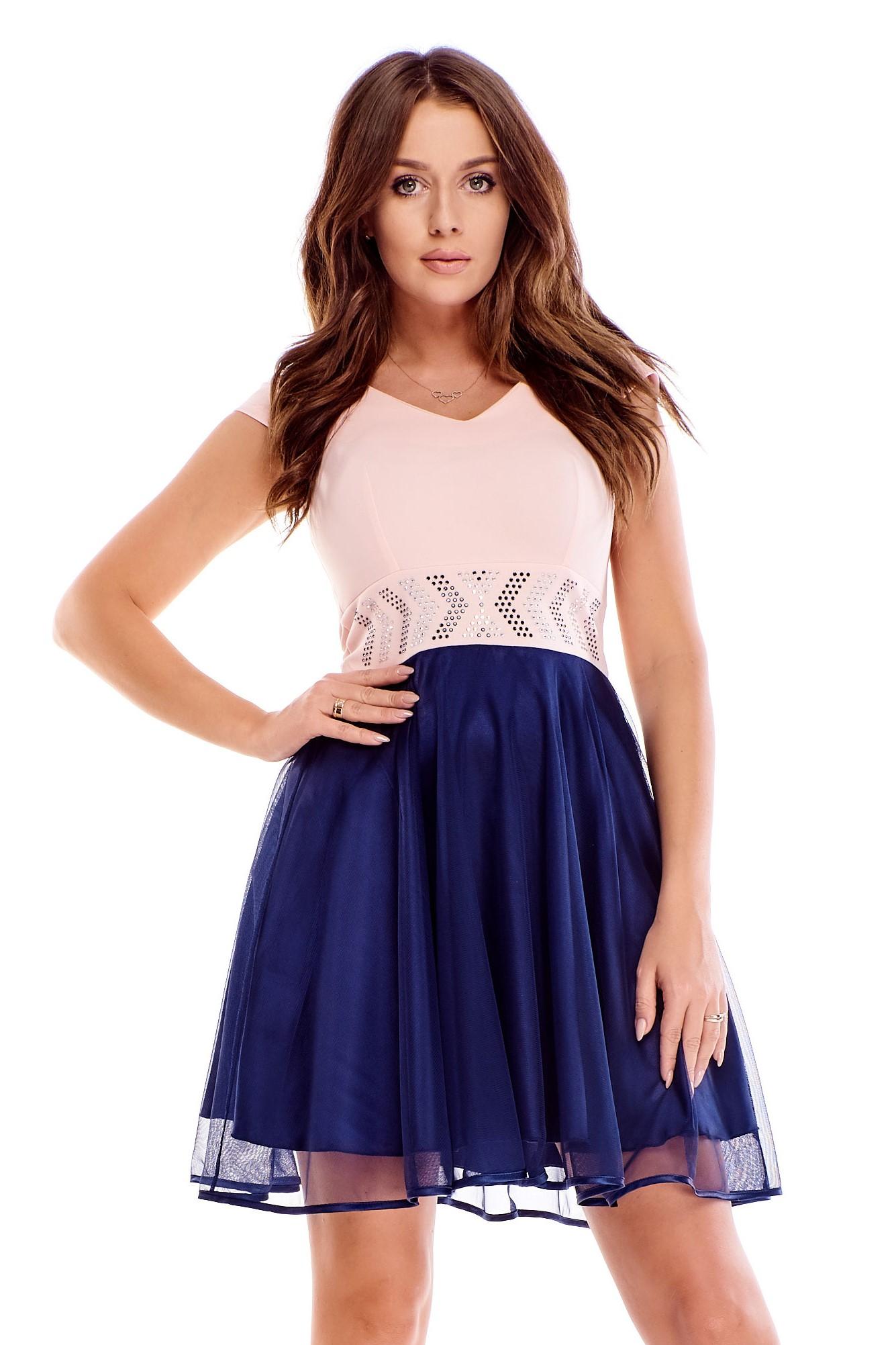 Ružovo-modré spoločenské šaty s kryštálmi v páse - 38