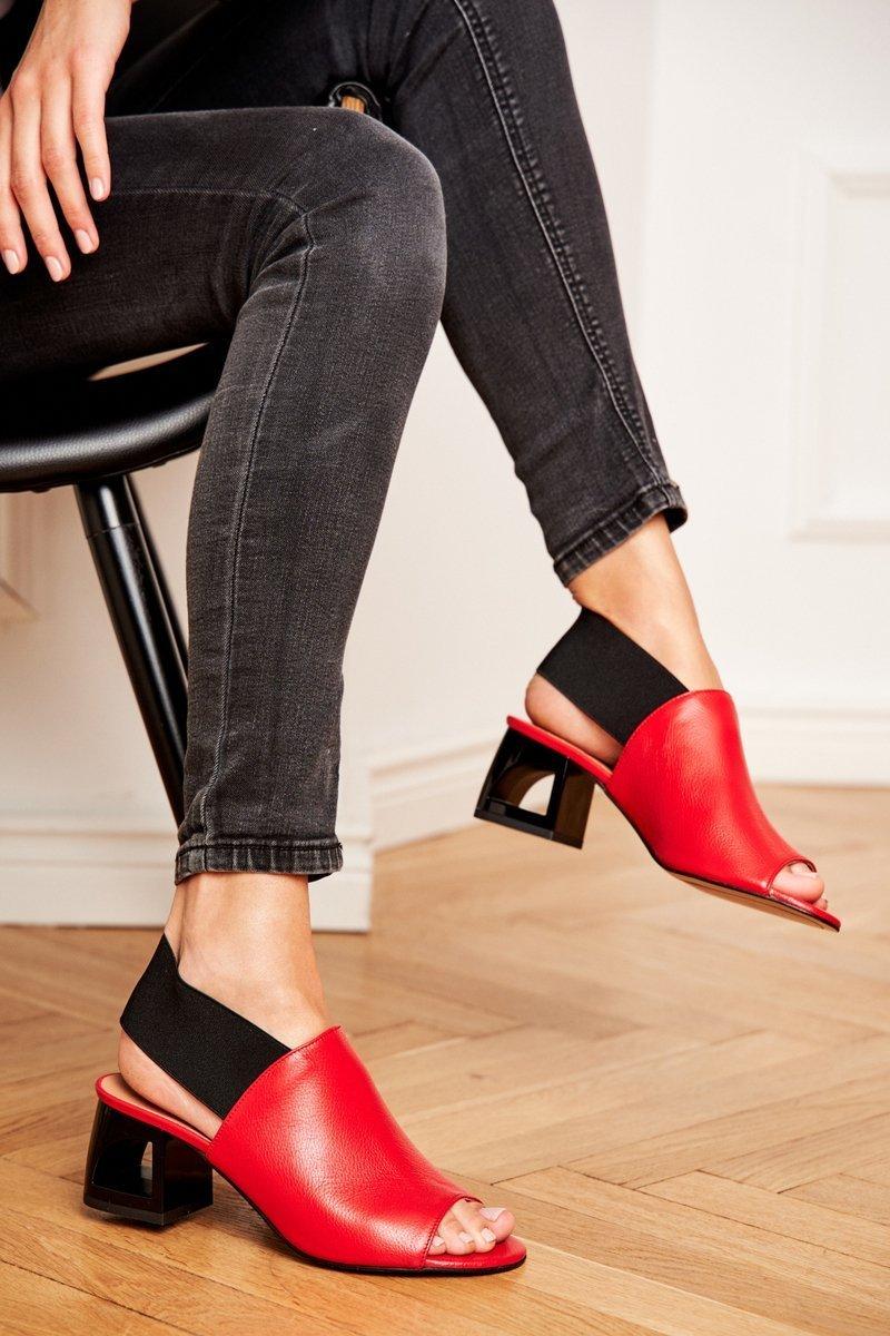 Dámske červené sandále - 41