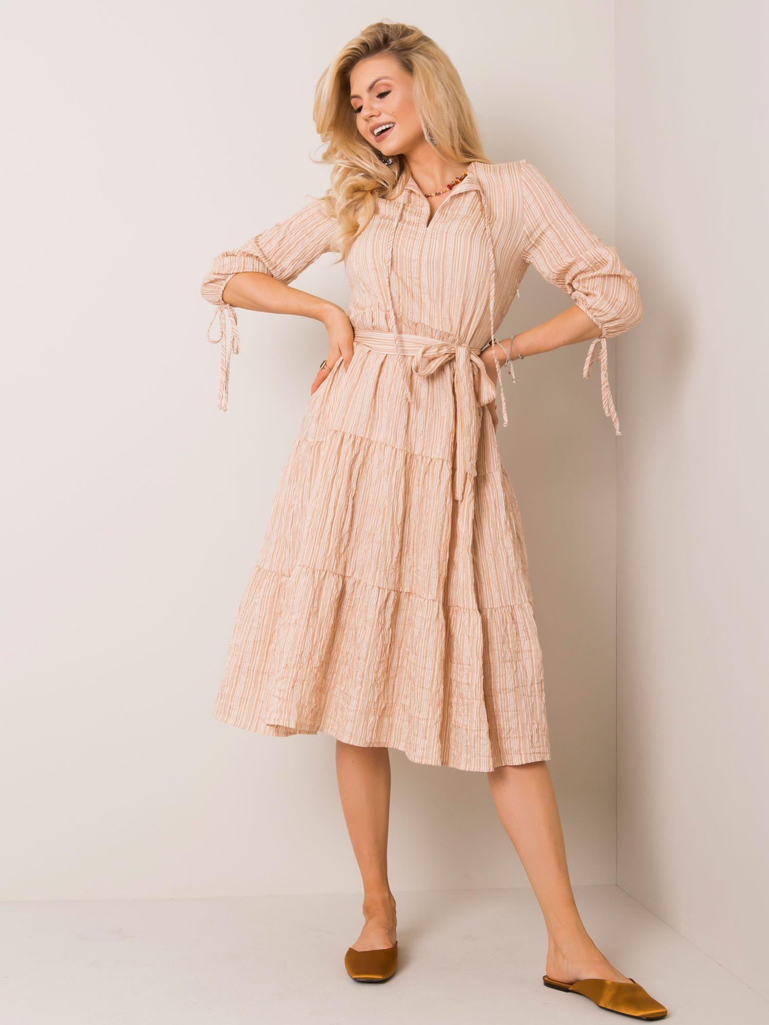 Dámske pruhované midi šaty béžovej farby - 40
