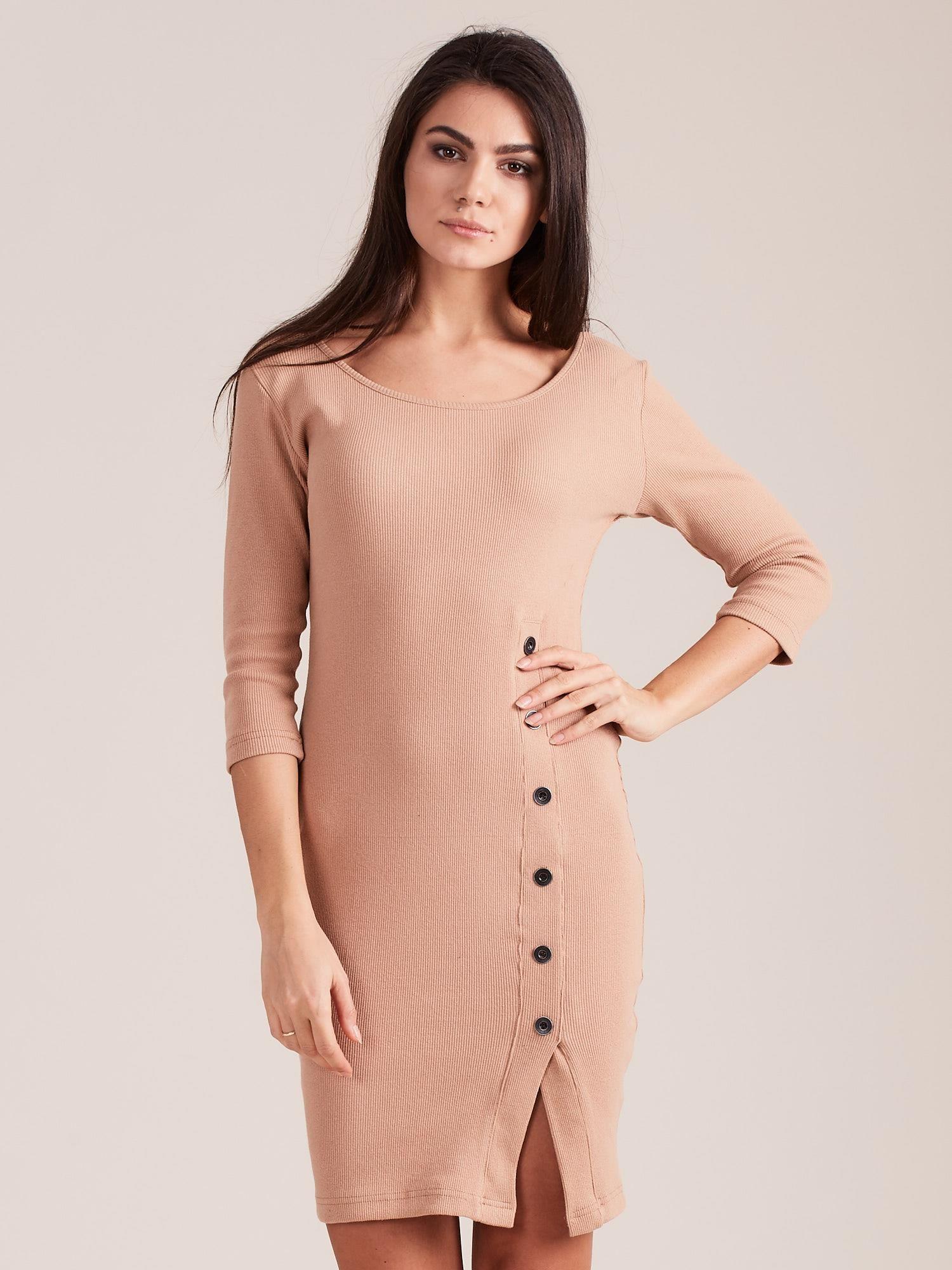 Dámske tmavobéžové šaty s rozparkom - M