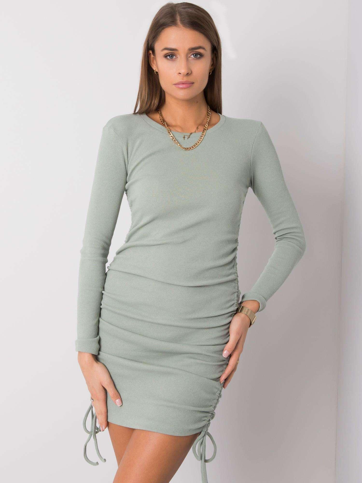 Svetlozelené puzdrové šaty - M