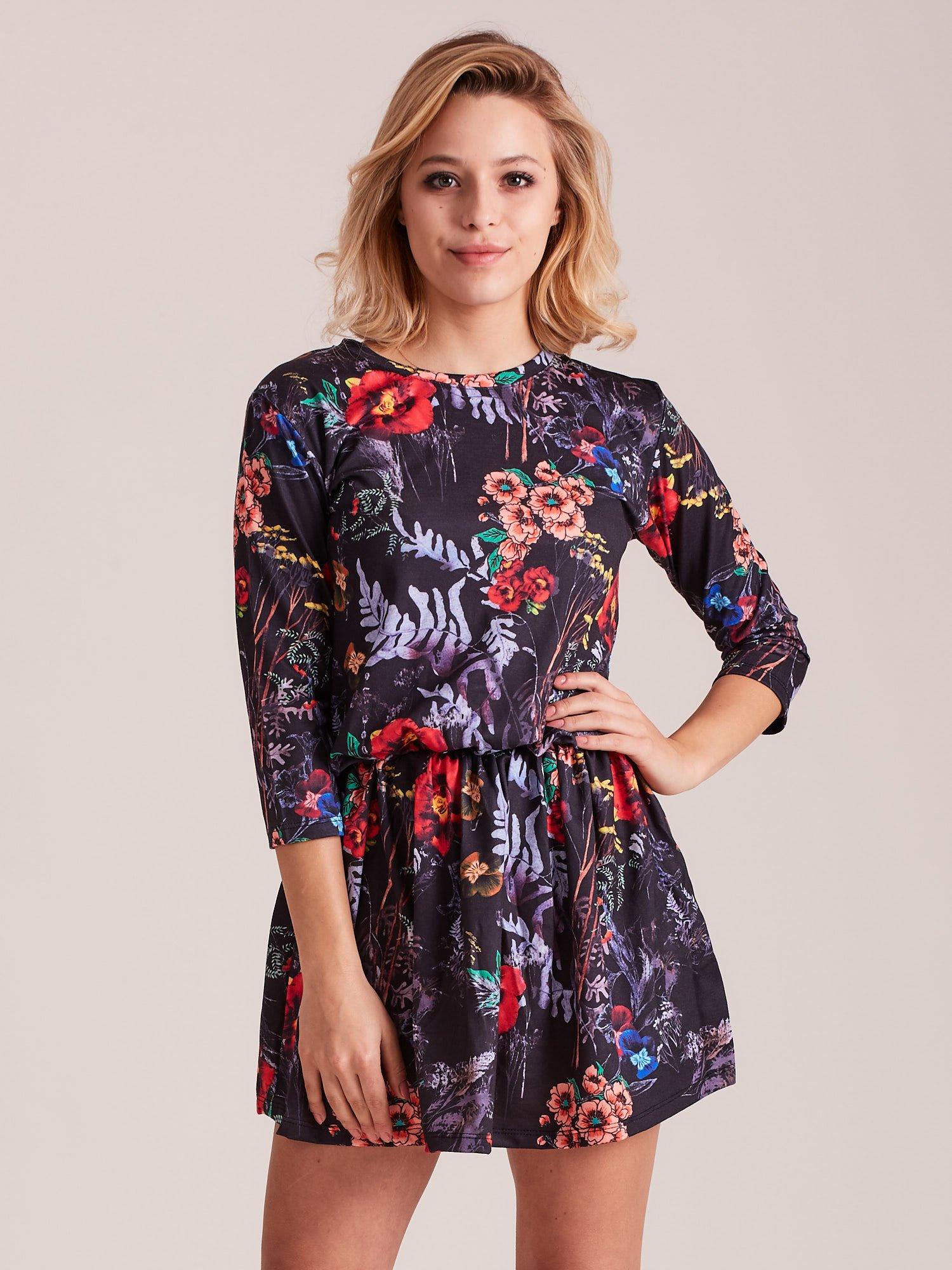 Dámske čierne šaty s kvetinovými vzorom - S