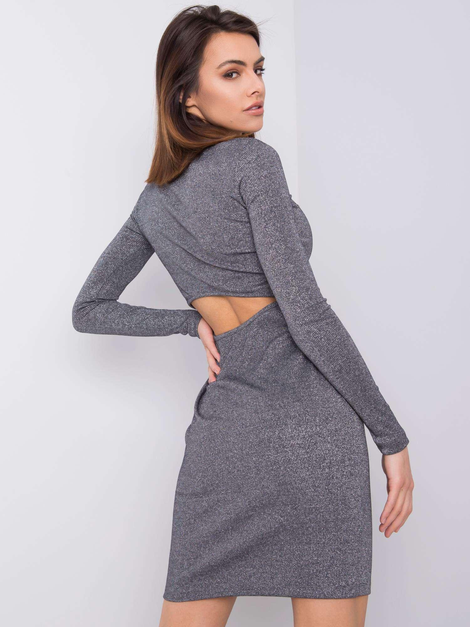 Strieborné priliehavé šaty s výrezom na chrbte - S