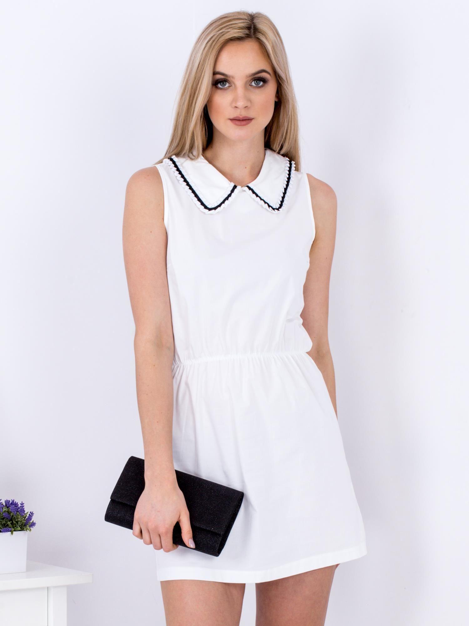 Ležérne dámske biele šaty s golierom - S