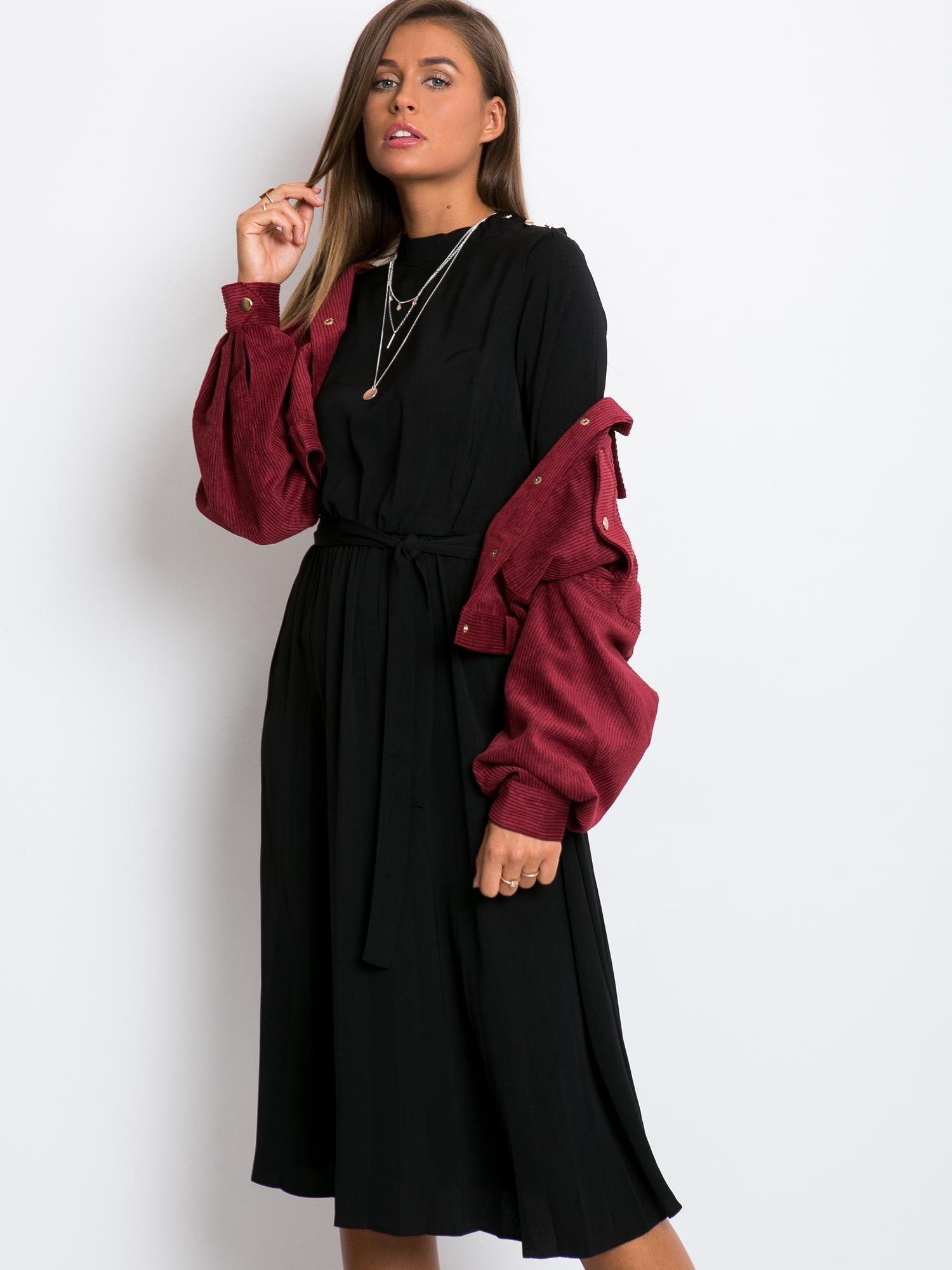Čierne dámske midi šaty - L
