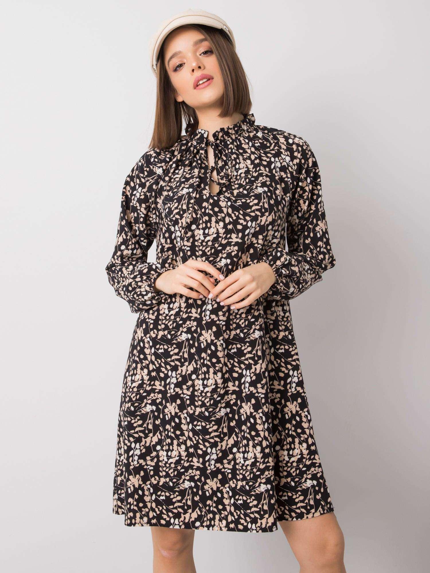 Dámske čierne kvetinové šaty voľného strihu - L