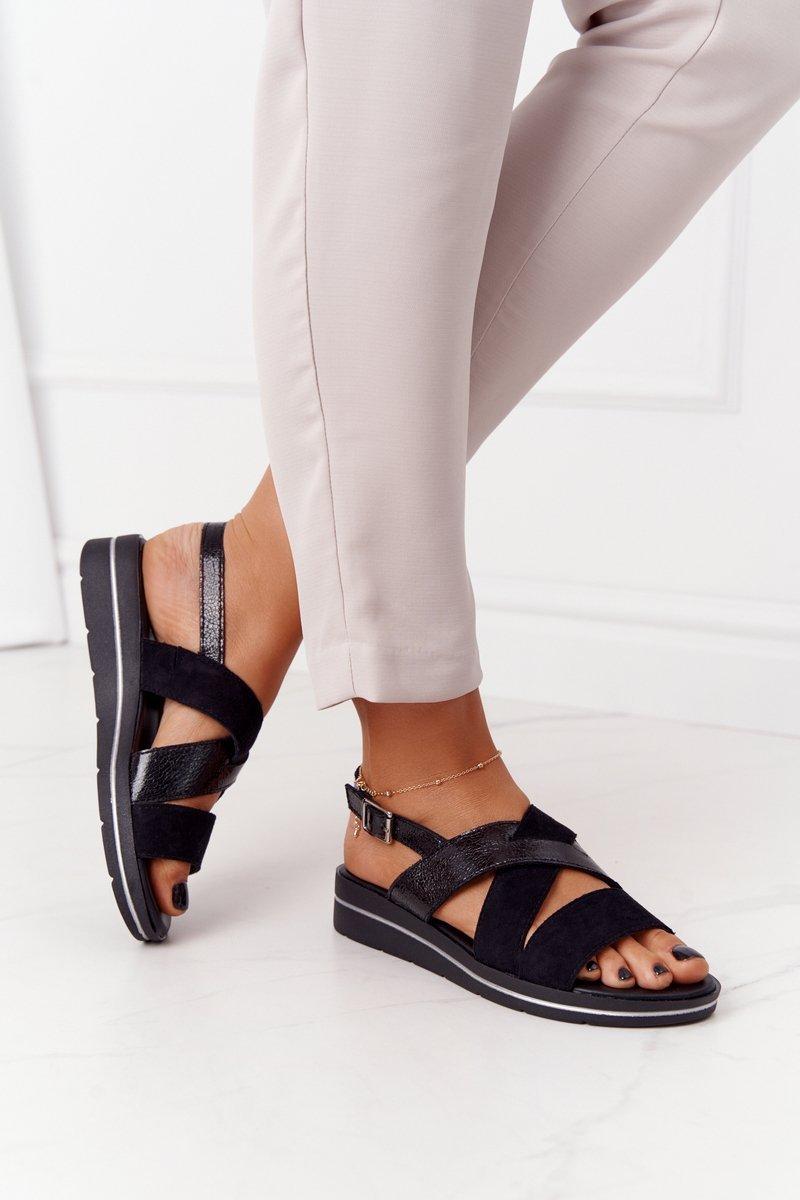 Dámske čierne sandále - 37
