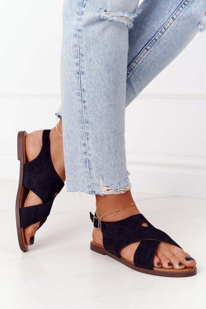 Čierne semišové sandále na plochom podpätku - 40