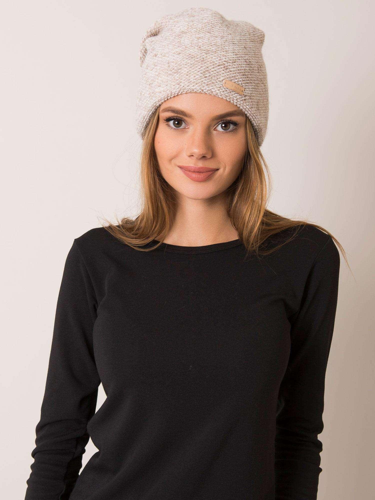 Dámska béžová čiapka - UNI