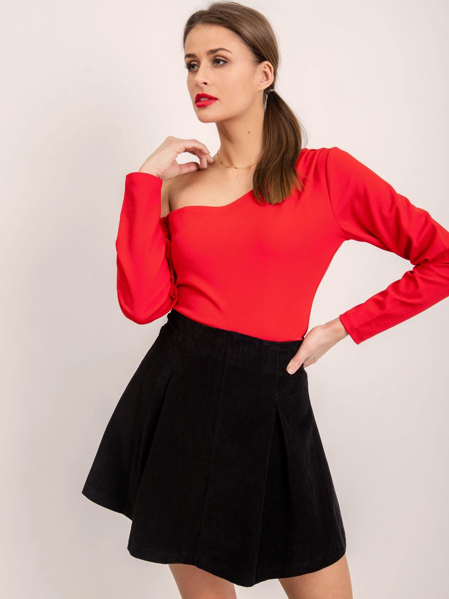 Čierna áčková krátka sukňa - S