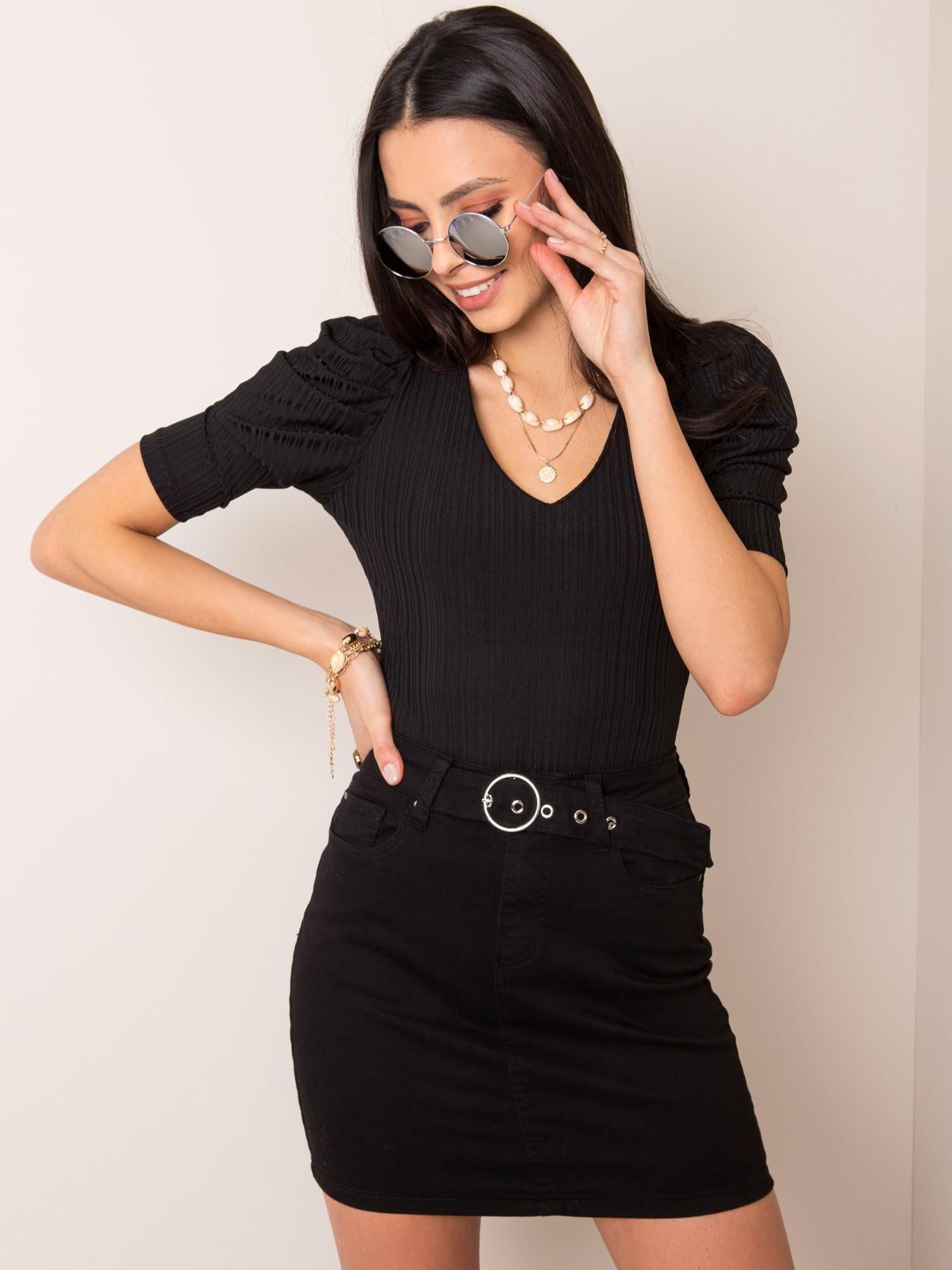 Jednoduchá čierna džínsová sukňa - L