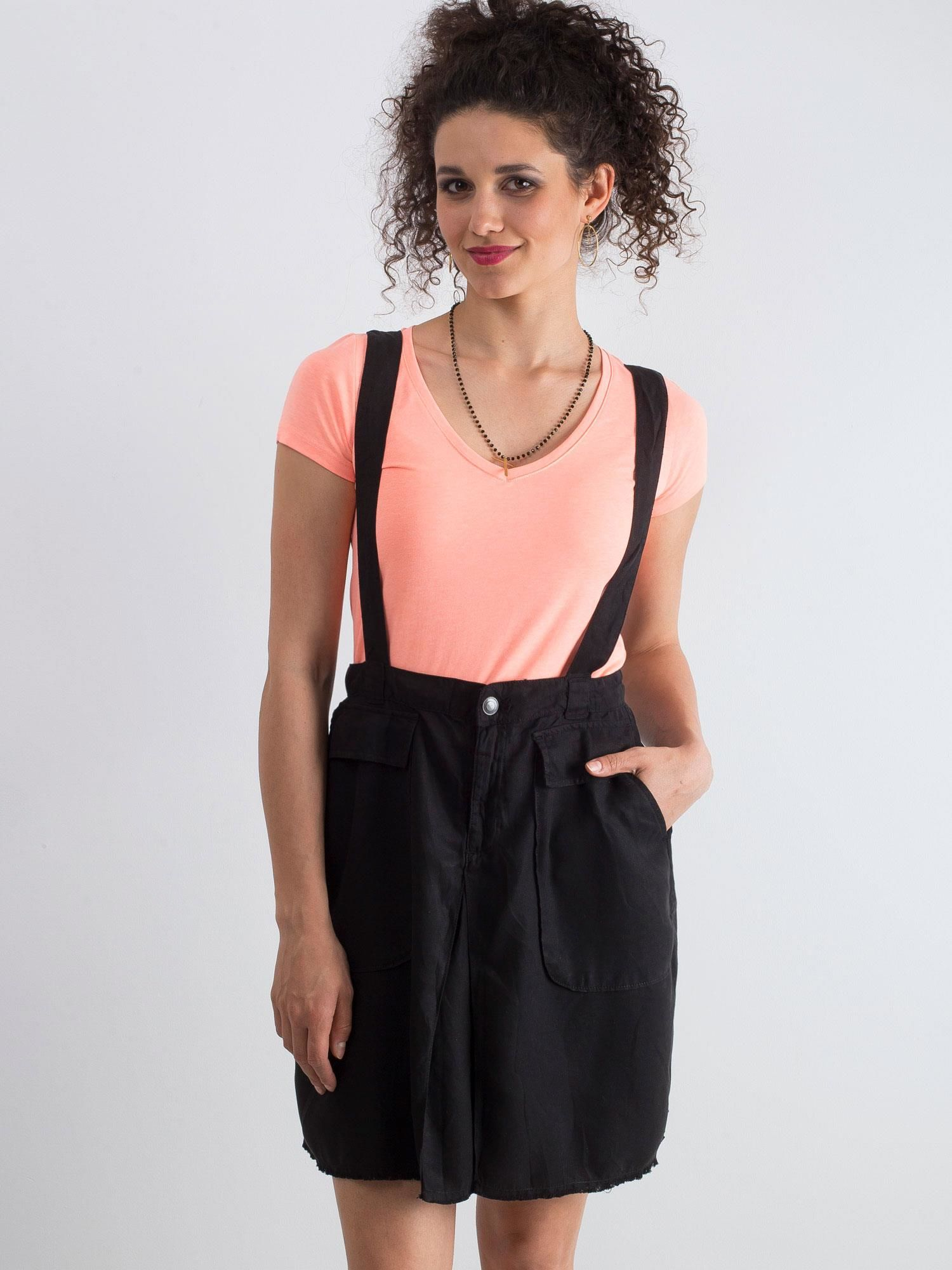 Krátka čierna sukňa s trakmi a vreckami - S