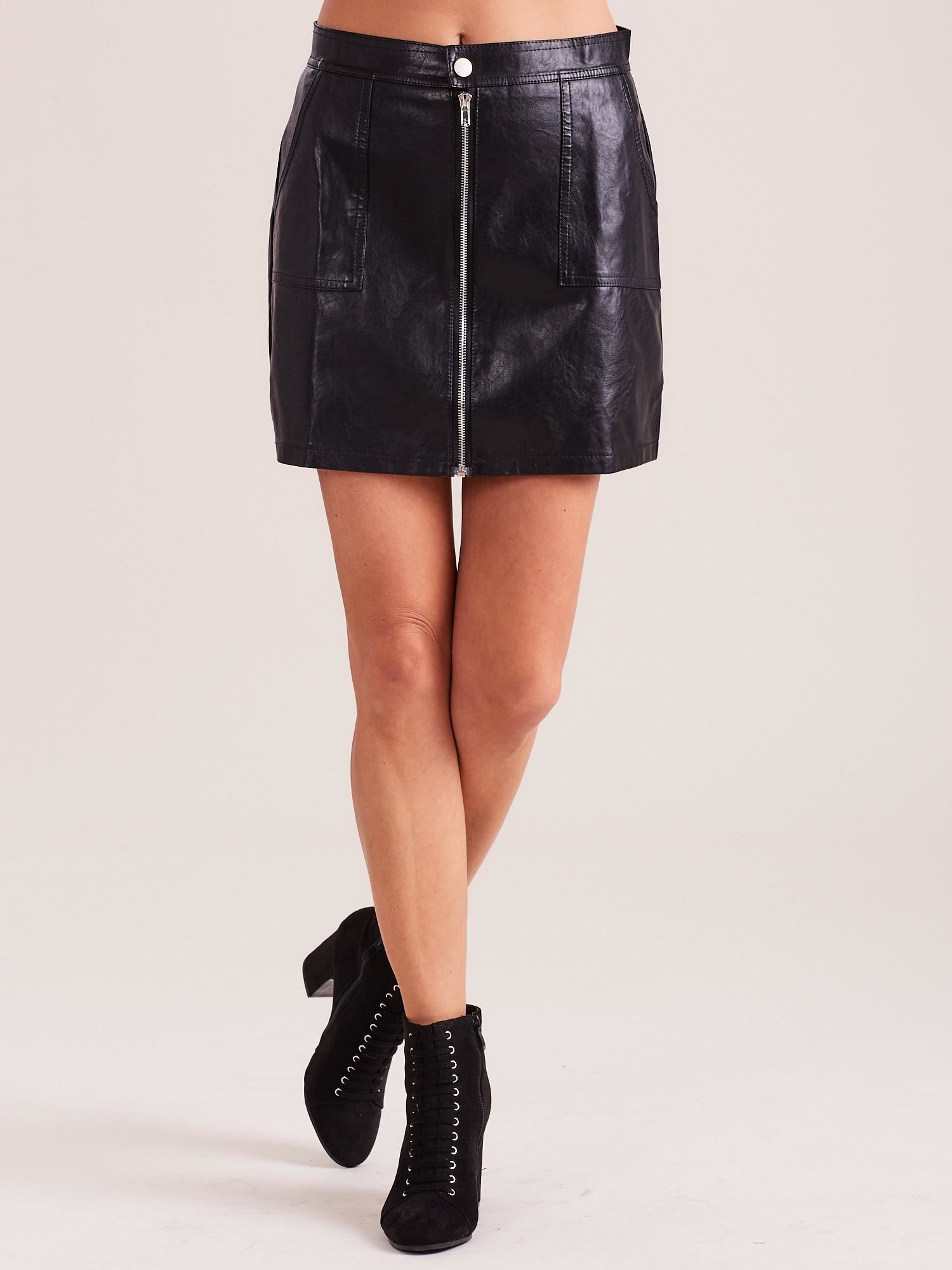 Čierna krátka sukňa s ozdobným zipsom - L