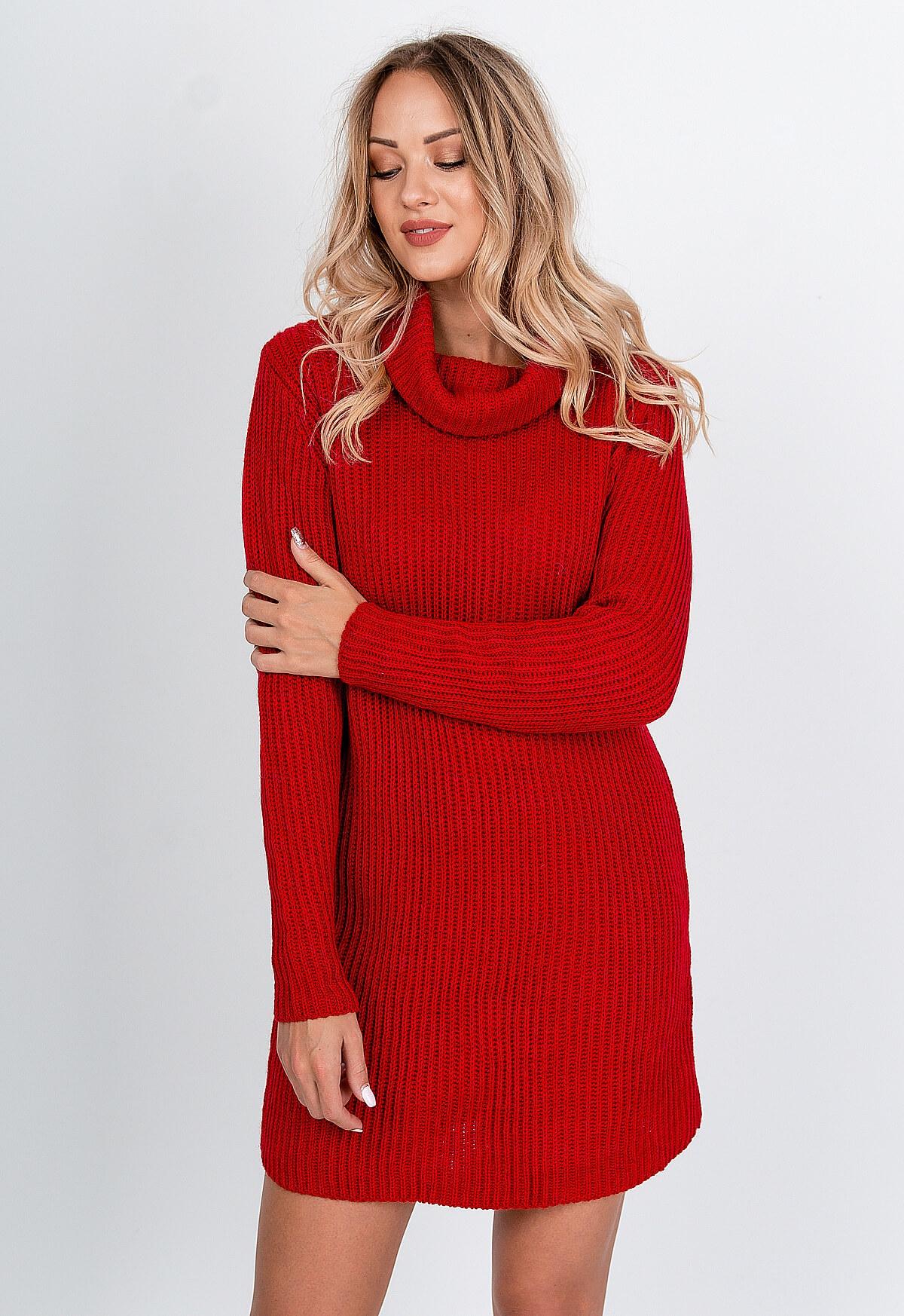 Krátke červené úpletové šaty s golierom