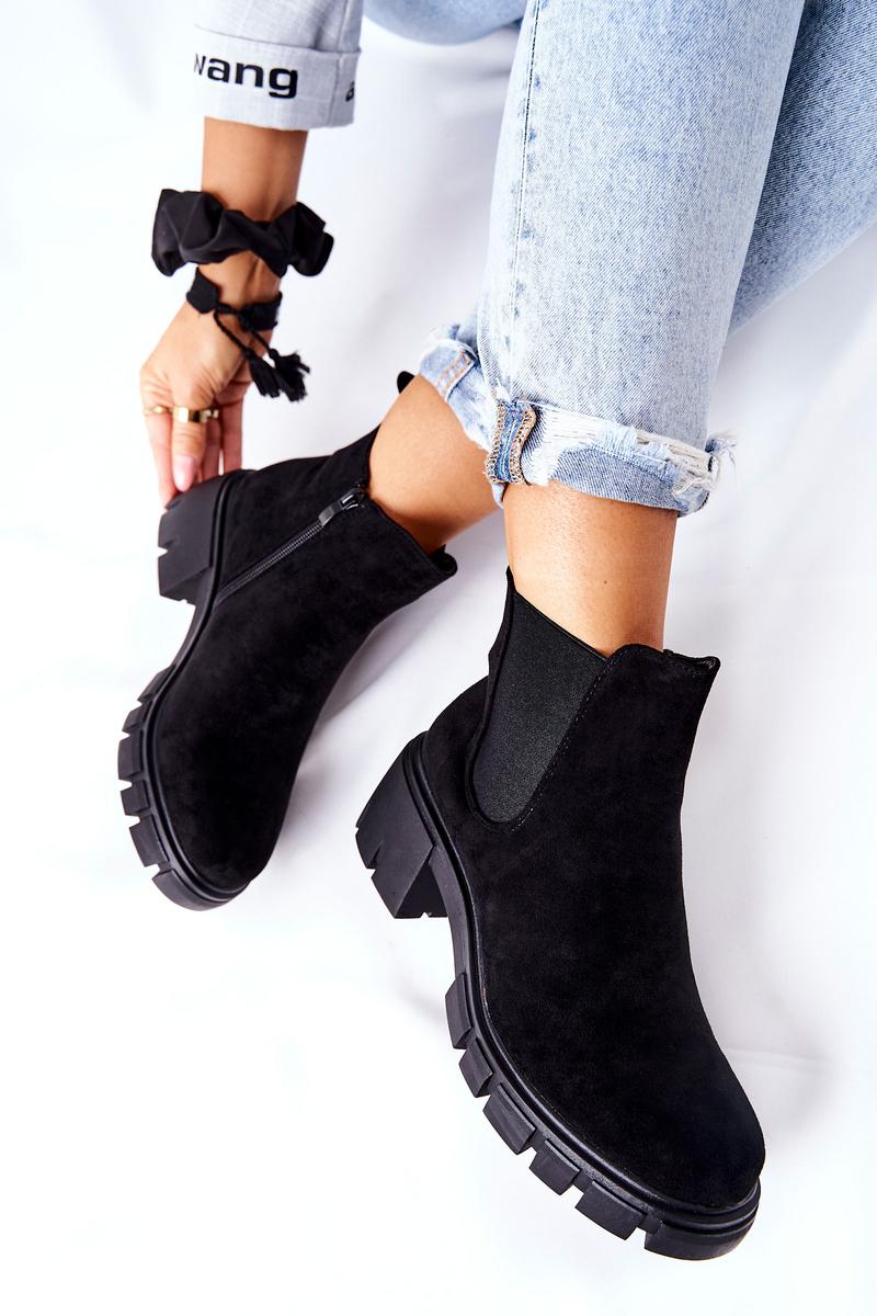 Čierne semišové topánky - 36