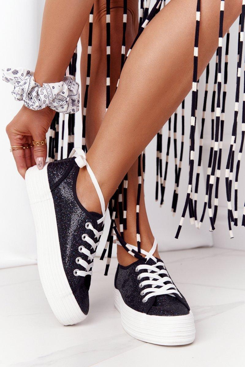 Čierne trblietavé tenisky na šnurovanie - 36