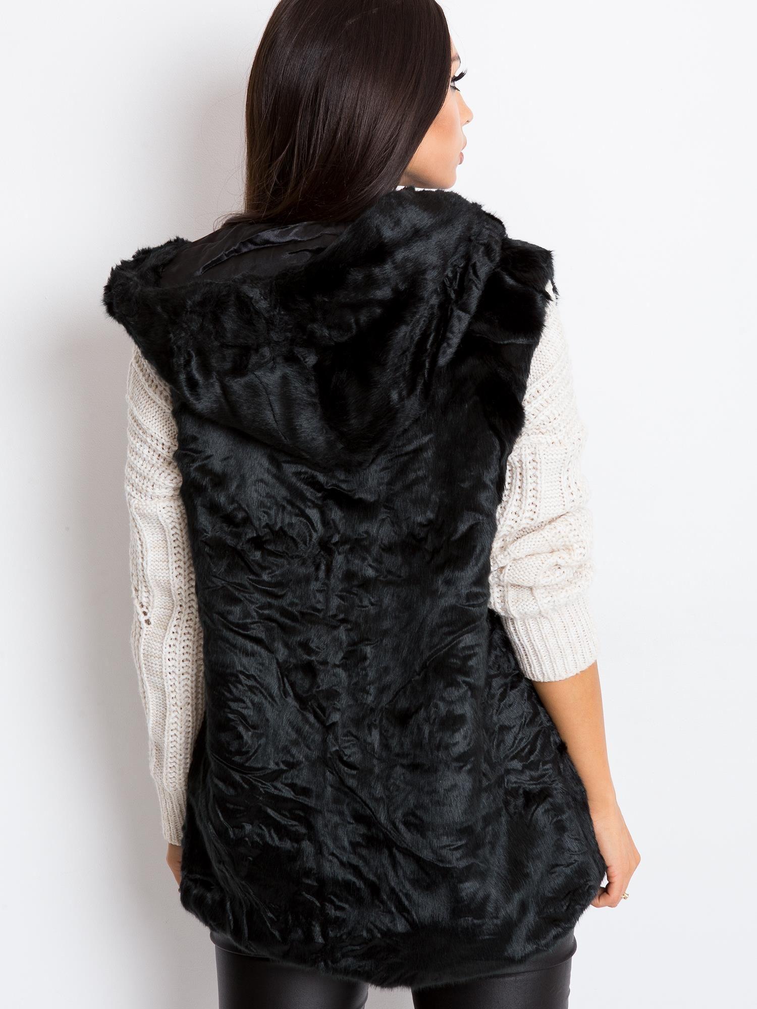 Čierna kožušinová vesta s kapucňou - XL/XXL
