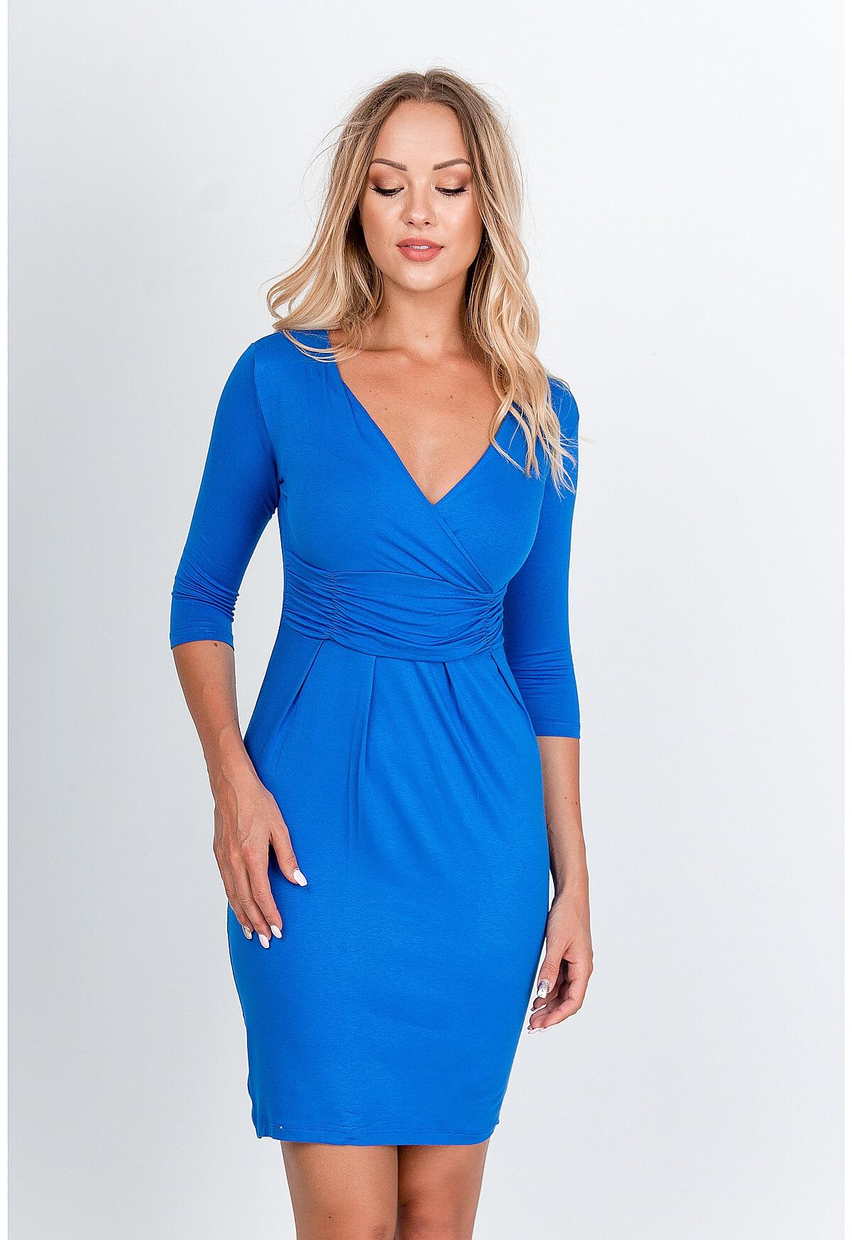 Spoločenské modré šaty s veľkým výstrihom