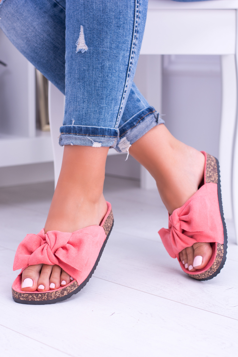 Dámske semišové šľapky v ružovej farbe - 41