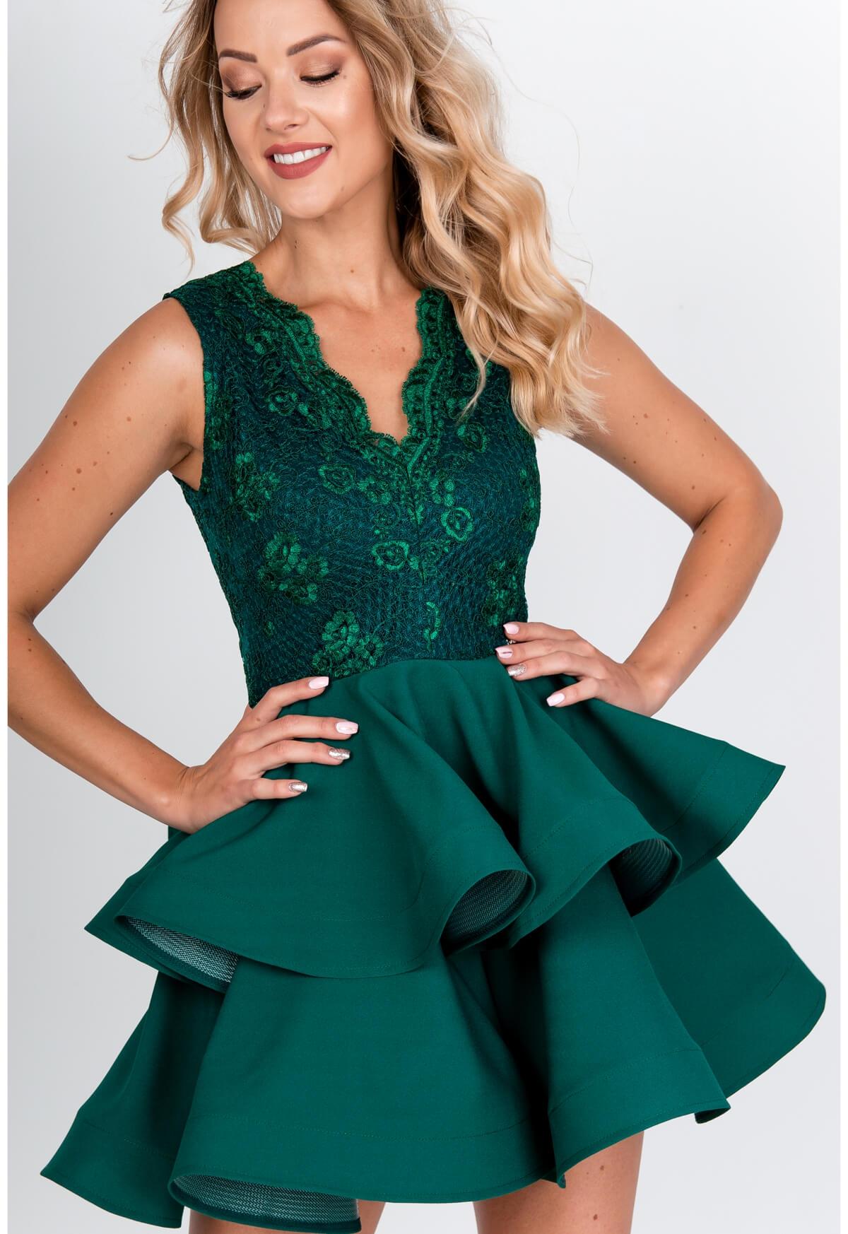 Zelené spoločenské šaty s volánovou sukňou - XS