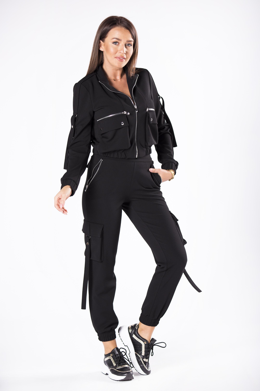 Dámske čierne nohavice s ozdobnými vreckami - M