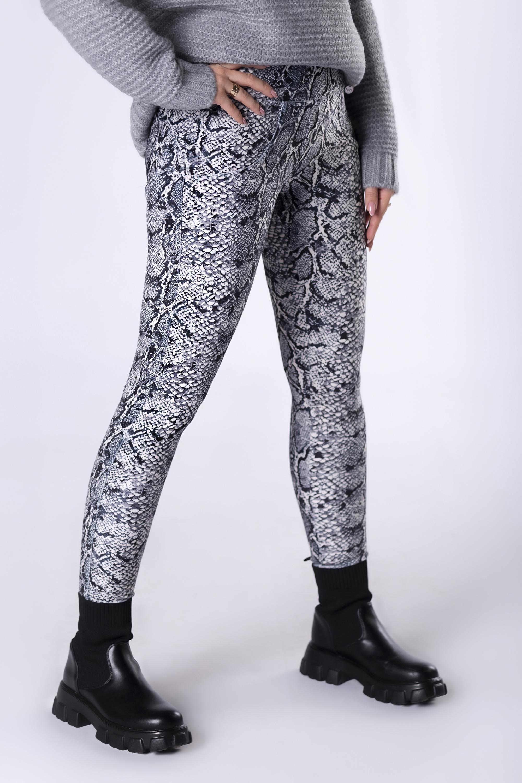 Dámske šedé nohavice so vzorom - M